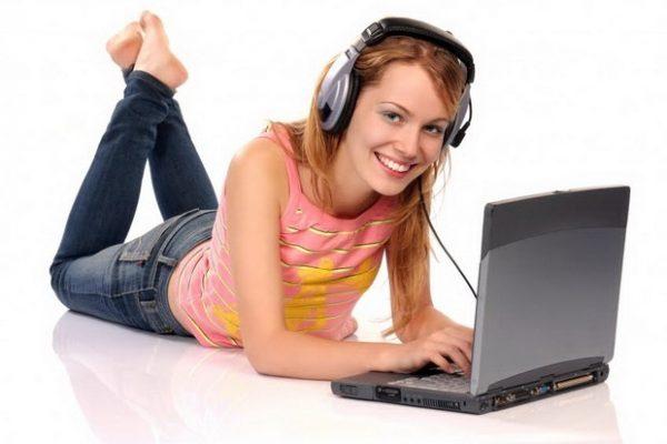 Онлайн английски 4 предимства на курса