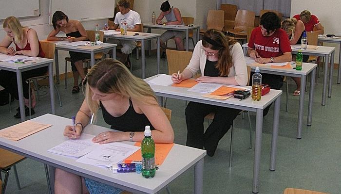 Тестове по английски 12