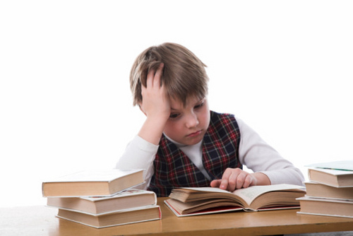 boy-struggling-with-reading