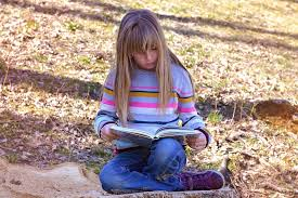 girl-reading-fiction