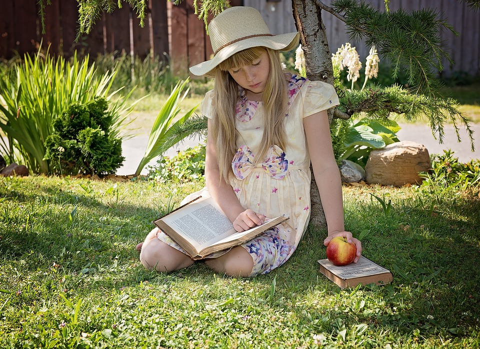 girl-reading-in-the-garden