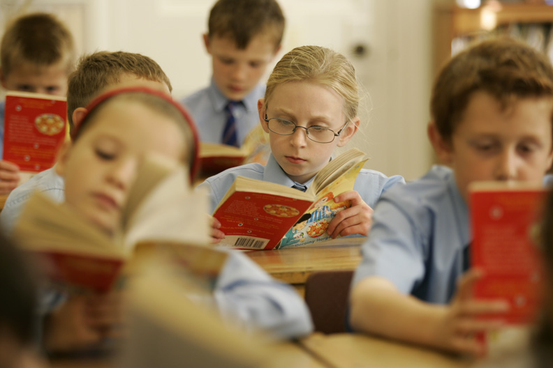 students-reading-in-class
