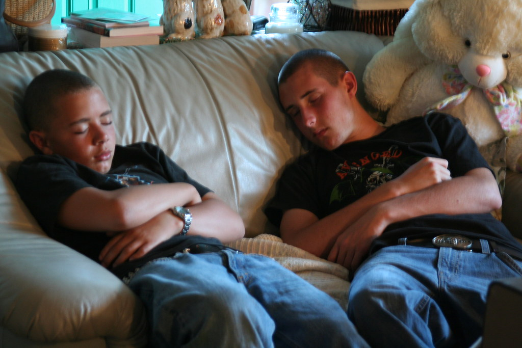 boys-sleeping-memory-effects