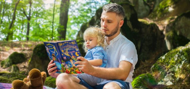father-and-daughter-with-a-book